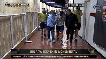Tévez is megsérült, amikor szurkolók támadtak a Boca buszára a Libertadores-döntő előtt