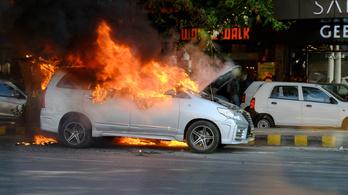 Autózás Radzsasztánban (más néven: pokol)