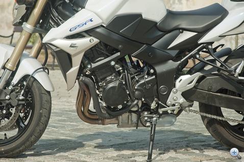 Motorja a K5-ös GSX-R 750-ből lett kialakítva