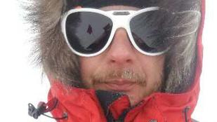 Rakonczay mély hóban tette meg az első kilométereket az Antarktiszon