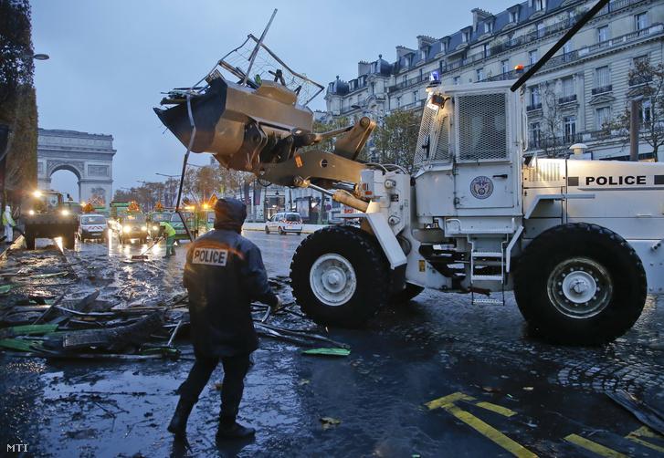 társkereső Párizs blog