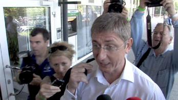 Köztársasági elnököt jelölt az MSZP
