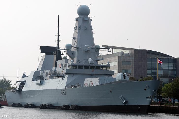 A HMS Duncan 2014 szeptemberében