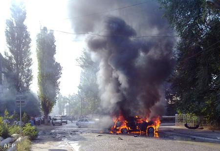 Autóba rejtett pokolgép robbant tavaly szeptember 4-én, a célpont Bekmurza Bekmurzajev, vallásügyi miniszter volt, a politikus túlélta a támadást