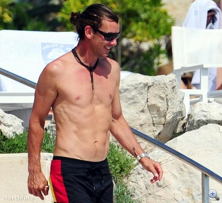 Gavin Rossdale franciaországi nyaralás közben