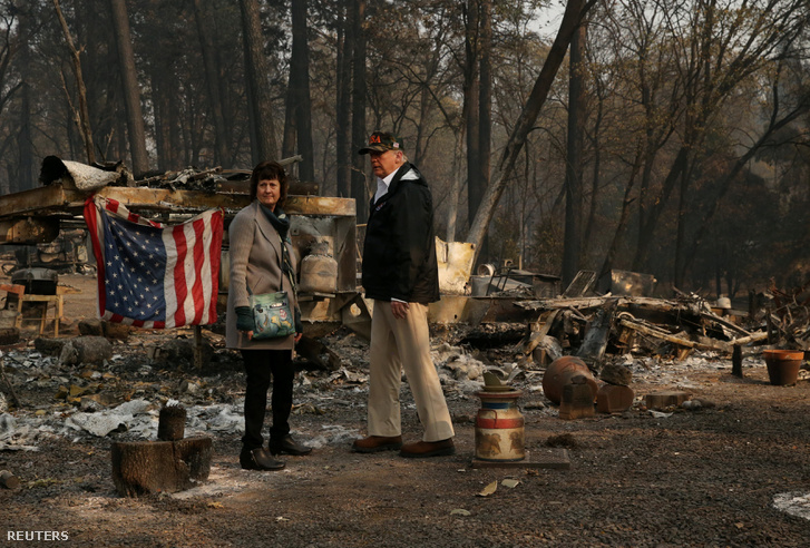 Donald Trump az erdőtüzek következtében teljesen elpusztult Paradise-ban