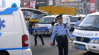 Heten meghaltak egy kínai gázolásban