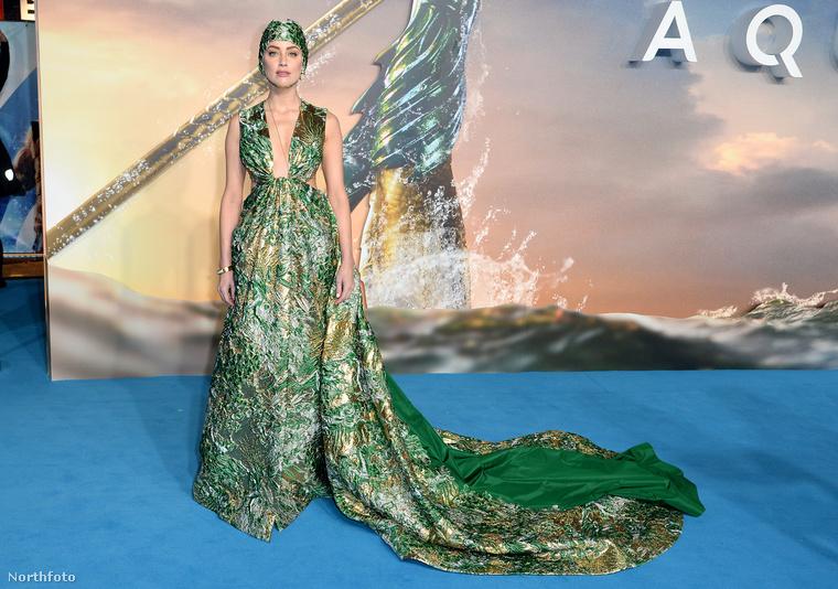 Hétfő este Londonban megtartották az Aquaman című szuperhősfilm ünnepélyes premierjét, ebben a lapozgatóban erről az eseményről láthat képeket