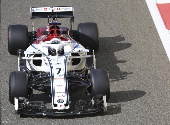 Kimi Räikkönen a 7-es Alfa-Sauberben