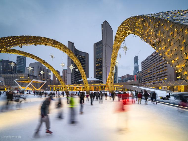 Ugyan Kanadában érdemes megcéloznod a vadont, ha sportról van szó, de egy gyönyörű korcsolyapályáért nem kell feltétlenül elhagynod a várost