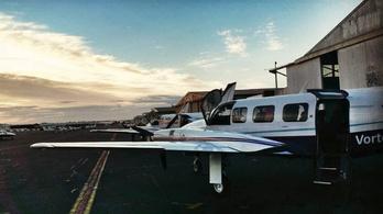 Elaludt a kisgép pilótája, 50 kilométerrel arrébb tette le a gépet