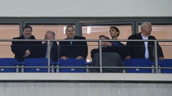 Orbán focimániájáról szól az év sportcikke