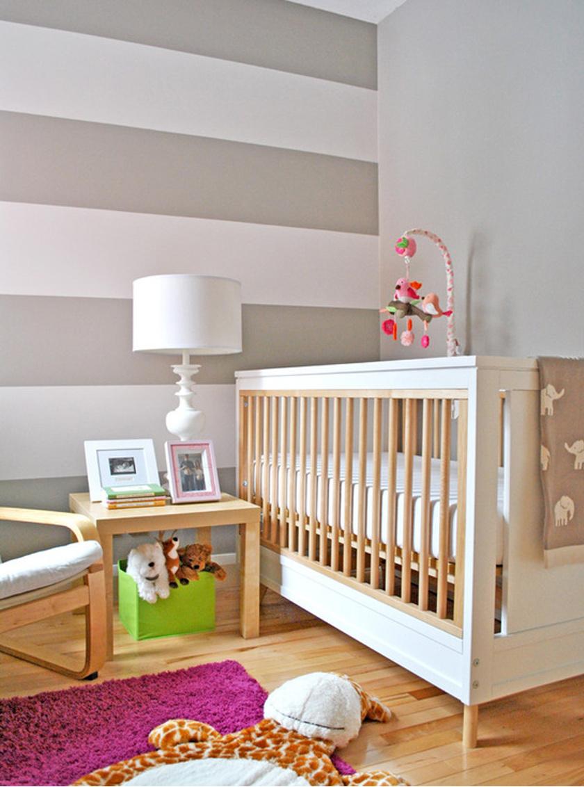 Ha olyan bútorok kerülnek a szobába, melyeknek van lábuk, és így látható marad a padló, a tér nagyobbnak, levegősebbnek hat.