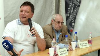 Országos tüntetést hirdetnek a szakszervezetek a túlóratörvény miatt