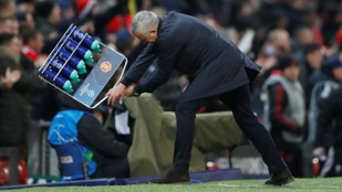 Mourinho teljesen megőrült Fellaini góljától