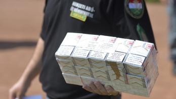 34 000 000 szál cigarettát vontak ki a feketepiacról szeptemberig