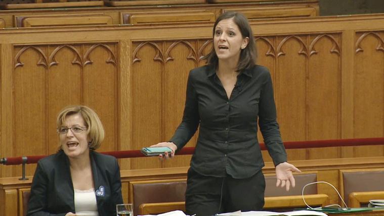 Így hallgattatták el az ellenzéket a parlamentben c6584b684f