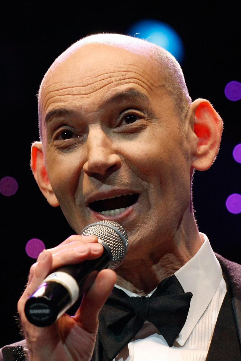 2018. június 13-án elhunyt Paudits Béla. A Jászai Mari-díjas színész, énekes másfél héttel korábban stroke-ot kapott otthonában, és az intenzív osztályra került. Az utóbbi években betegségei miatt kórosan lefogyott, számos egészségügyi problémával küzdött.