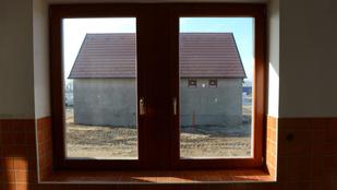 Hogy kapják vissza lakásukat a bedőlt hitelesek?