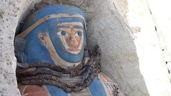 Több mint kétezer éves múmiákat találtak Egyiptomban
