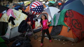 Több menekült önként visszatért hazájába az amerikai határról