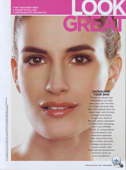 Sztrányai Gigi 16 évesen, 2002-ben vett részt a modellversenyen, második helyezést ért el.