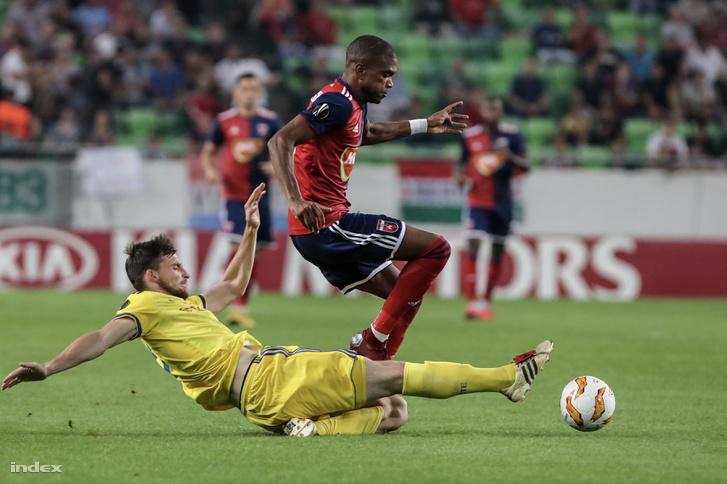 Mol Vidi FC játékosa Loic Nego és a BATE Boriszov játékosa, 2018. szeptember 20-án a Groupama Arénában