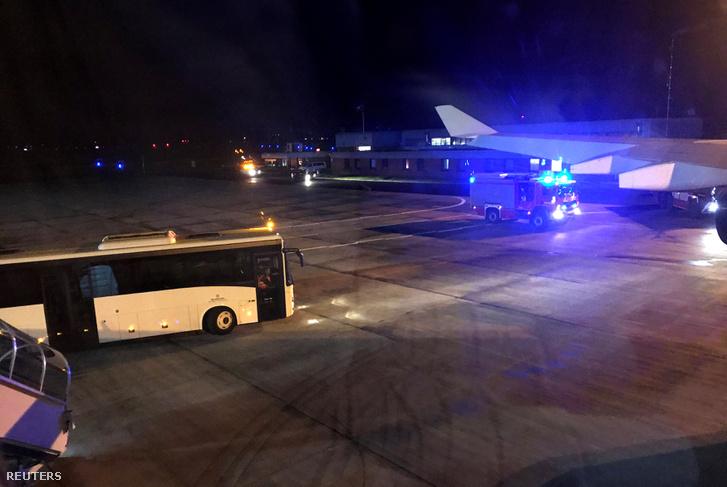 Angela Merkel német kancellár repülőgépe a kölni repülőtéren 2018. november 29-én.
