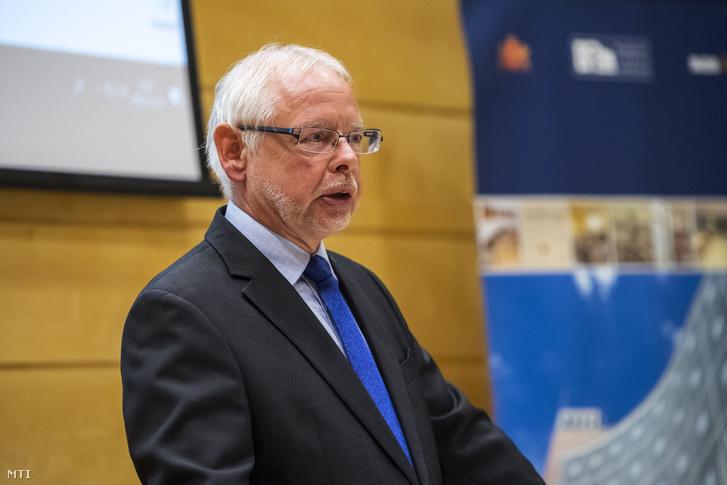 Bagdy Gábor pénzügyekért felelős főpolgármester-helyettes