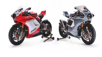 Semmi extra, csak két csodálatos Ducati