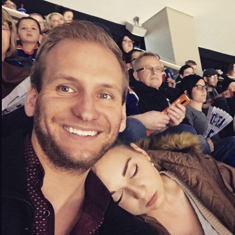 Ilyen meccsre menni egy várandós feleséggel, aki bárhol és bármikor el tud aludni.