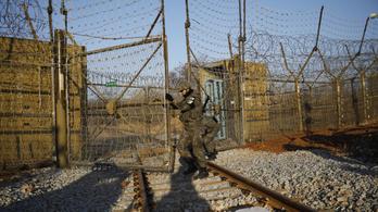 Dél-Koreából Észak-Koreába indult egy vonat