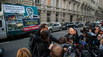 Újabb plakátkampányt indít a kormány