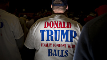 Lehet, hogy Trumpnak térdig ér a farka, de az altrightos követőinek biztos nem