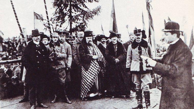 100 éve szakították el Erdélyt