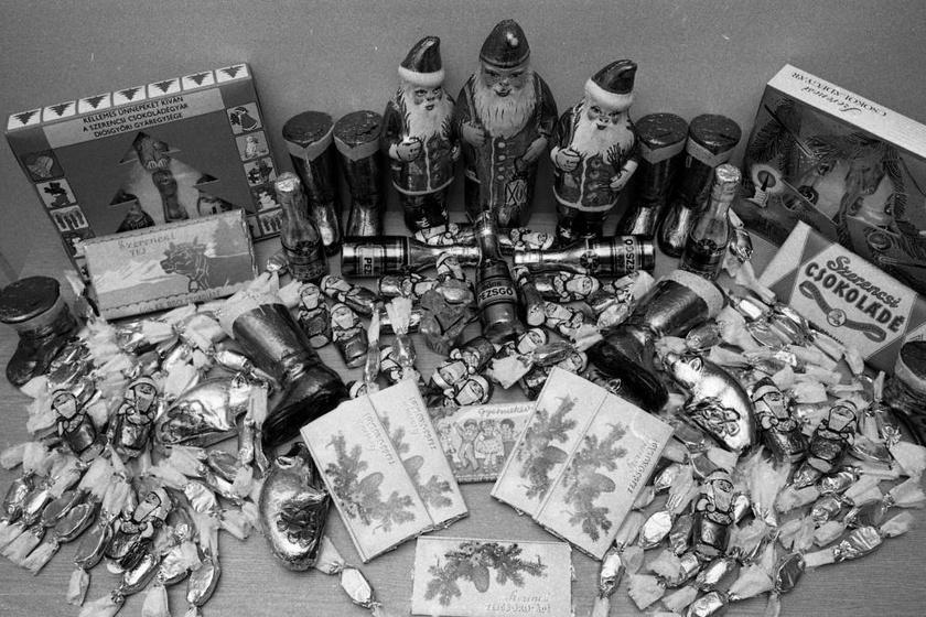 Került a csomagokba minden jó, de a csillogó csokimikulás sosem maradhatott el! (1979)