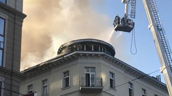 11,5 milliót gyűjtött össze a DK a leégett irodájukra