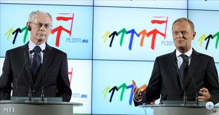 Herman Van Rompuy, az Európai Tanács elnöke és Donald Tusk