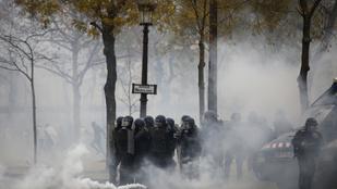 Rendkívüli állapot kihirdetését kéri a francia rendőrség