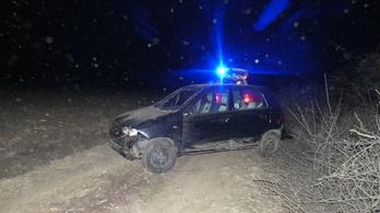 Megverte 64 éves nőismerősét, majd ellopta autóját Gombán