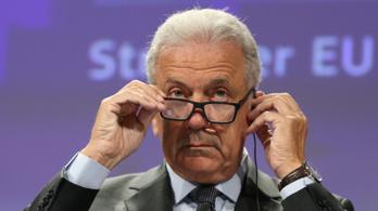 EU-biztos: Akik elutasítják az ENSZ migrációs csomagját, azok nem olvasták át tüzetesen