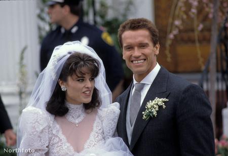 Arnold Schwarzenegger és Maria Shriver az esküvőn