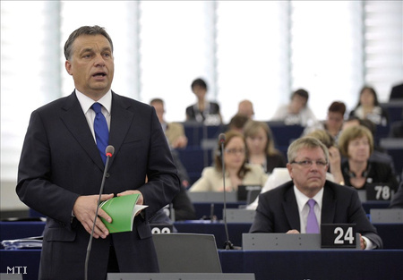 Orbán Viktor ismerteti az elmúlt fél év magyar EU-elnökségének eredményeit az Európai Parlament strasbourgi plenáris ülésén
