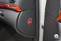 Az átkozott utaslégzsák nem kikapcsolható. Használt autóknál reális veszély, hogy belefutunk