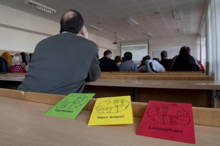 Az ÉFOÉSZ november 30-án tartott konferenciát a fogyatékossággal élők szavazati jogáról
