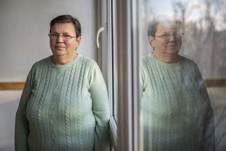 Tóthné Székely Mária, Éva édesanyja és a makói ÉFOÉSZ Klub vezetője
