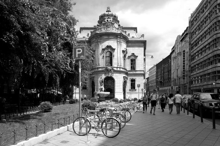 Az építészet rejtett nyomai | Fátyol Viola fotókiállítása a Goethe Intézetben