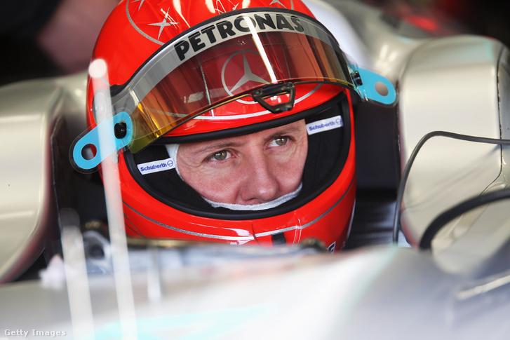 Michael Schumacher egy teszten Spanyolországban 2010. február 19-én.