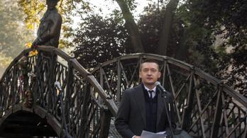 Pénteken eldől, megy vagy marad a Nagy Imre-szobor a Parlamentnél