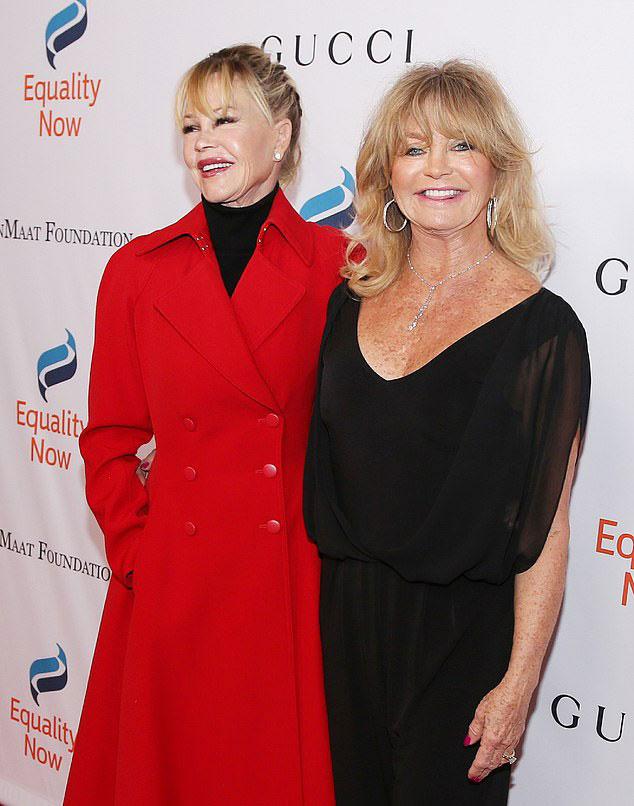 Melanie Griffith és Goldie Hawn is bekerült a plasztikázás ördögi körébe.